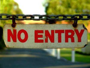 US pressures Préval, starts deporting