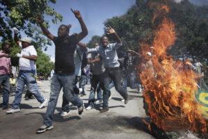 Avis de manifestations à Port-au-Prince les 7, 8, 10 et 11 janvier 2015/Demonstration Advisory in Port-au-Prince on January 7, 8, 10 et 11 2015
