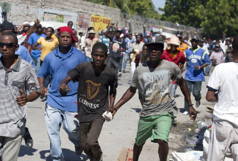 Protests continue in Haiti – Added COMMENTARY By Haitian-Truth