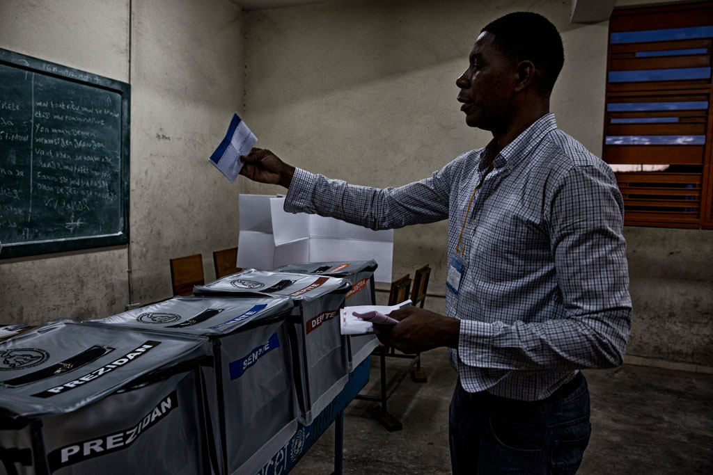 Haiti: UN chief calls for delayed elections to be resolved as soon as possible