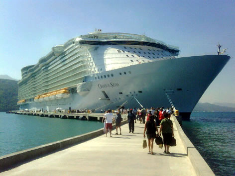 DOMINICANS PAY AGITATORS TO ATTACK VISITING CRUISE SHIP AT LABADEE – THREATENS SURVIVAL OF HAITIAN TOURIST MARKET