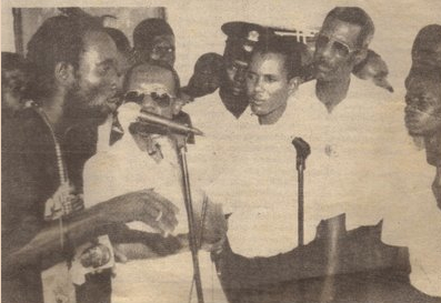 FLASH FROM THE PAST – Lavalas/PNH : Photo et parole célèbre de la Policière Marie Christine Jeune…Murdered by Aristide March, 1995 : FRENCH AND ENGLISH