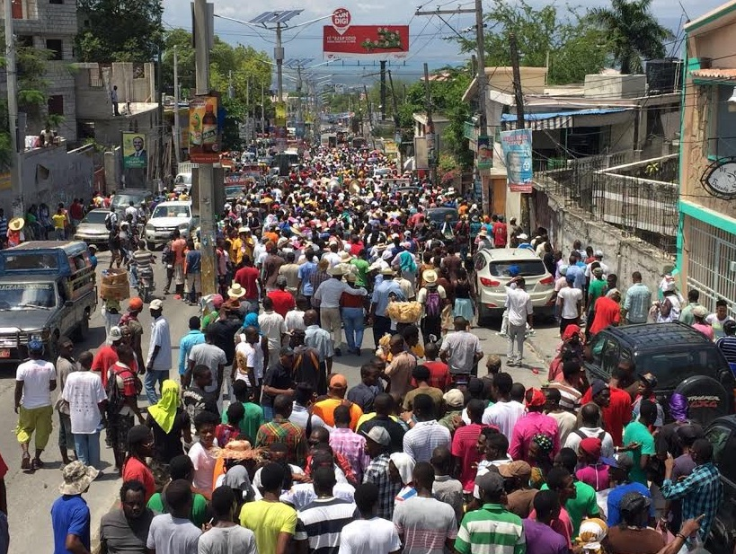 THOUSANDS MARCH FOR JOVENEL MOISE DEMANDING COMPLETION OF ELECTORAL PROCESS