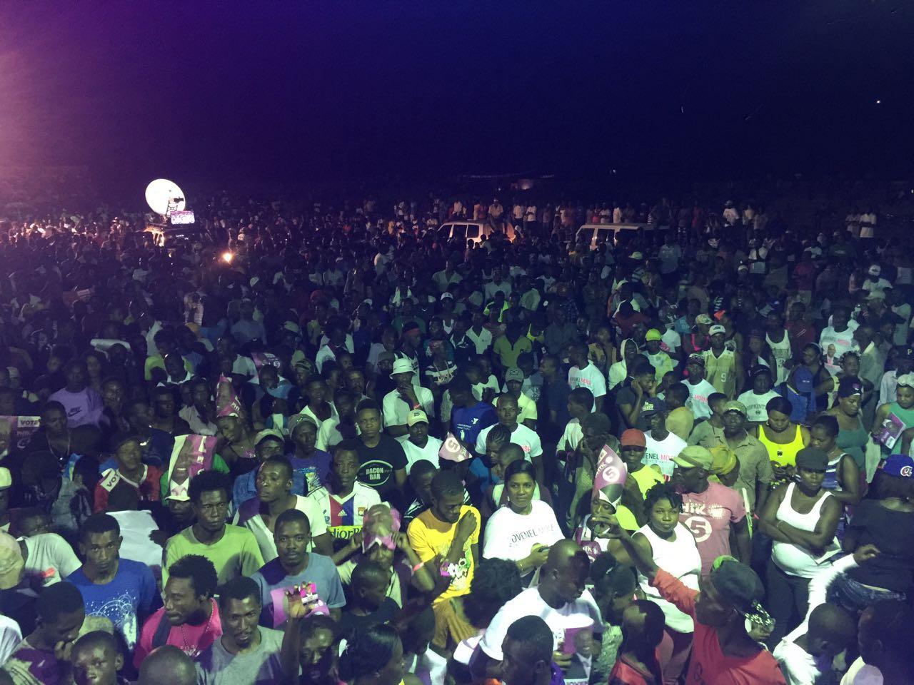 Mouvement de protestation de Pitit Dessalin à l'instant même dans la Ville du Cap contre Fanmy Lavalas !