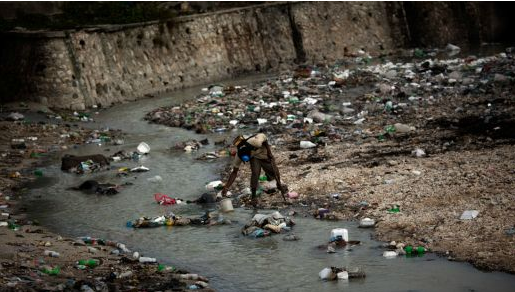 Access to drinking water at home declining for 25 years in Haiti