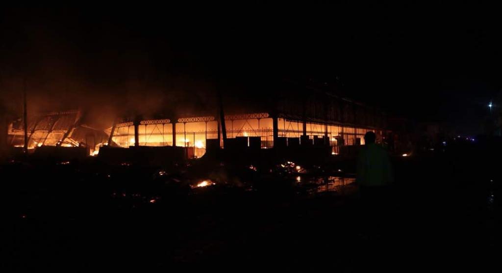 Incendie durant la nuit du Marche en Fer,degats considerables