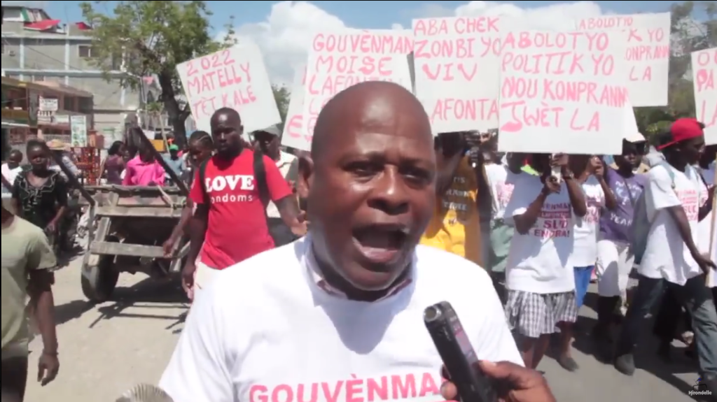 MASSIVE PRO-MOISE MANIFESTATION IN LES CAYES