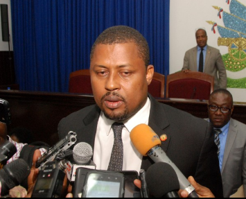 Le Parlement sous la menace du feu, selon Garry Bodeau